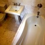 1530 Jones Street bathroom picture