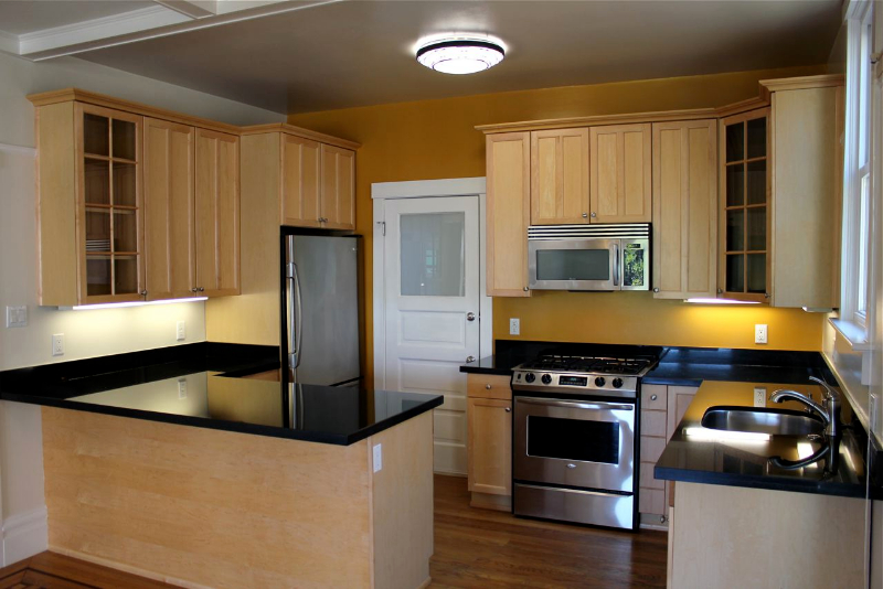 1530 Jones Street kitchen picture