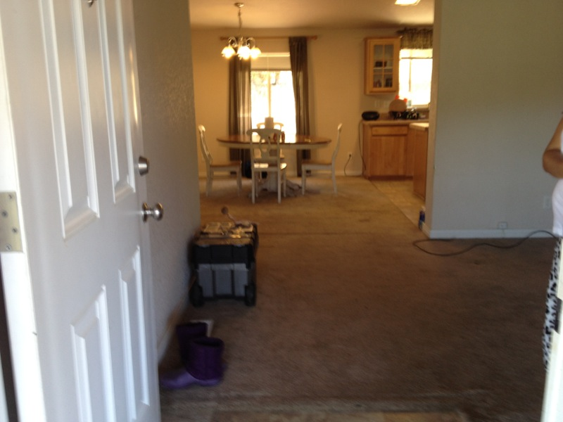 2571 Wagon Wheel Dr - front entrance picture