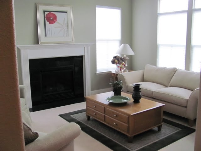 3708 Crown Hill Dr formal living room picture