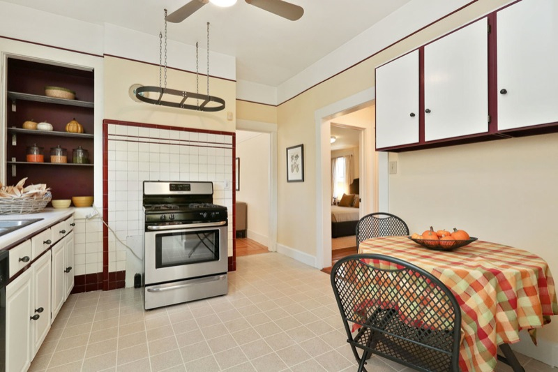477 59th - Kitchen with table picture