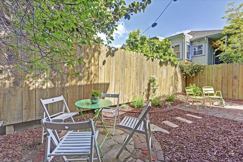 5714 Dover - Backyard picture
