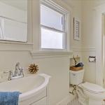 5714 Dover - bathroom picture