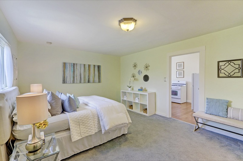 5714 Dover - master bedroom picture