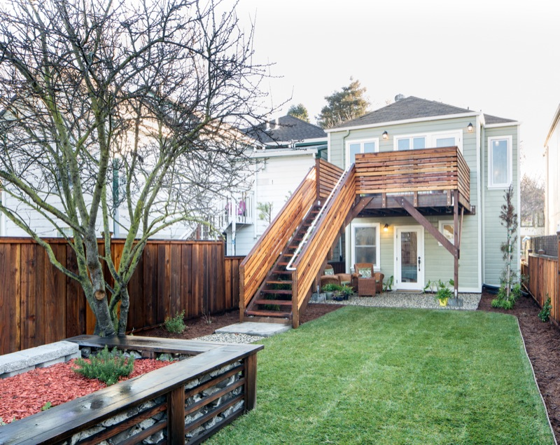 5855 Vallejo Backyard to House picture